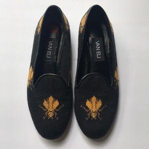 Van Eli queen bee loafers
